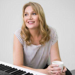 Christina Holm - Undervisning i sang online