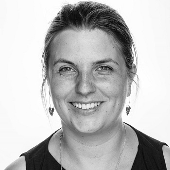 Anja sælger scrapbooking som online kurser