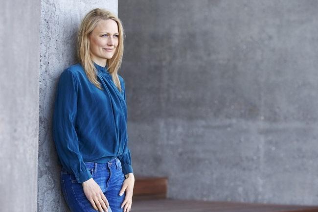 Charlotte Haase sælger podcastkurser og skrive-undervisning